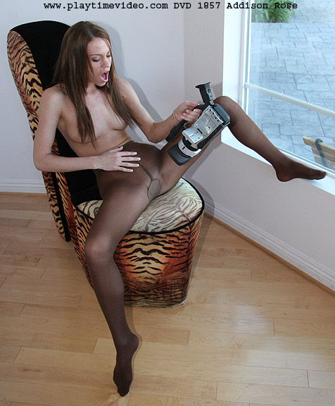 Filthy brunette lesbian porn