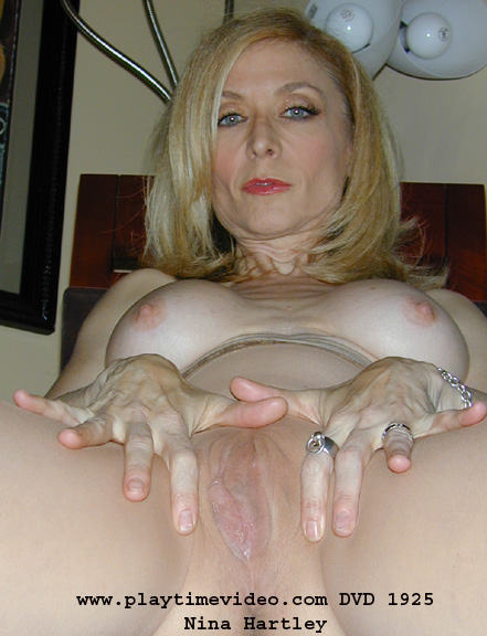 Nina hartley spreads legs and pussy labour
