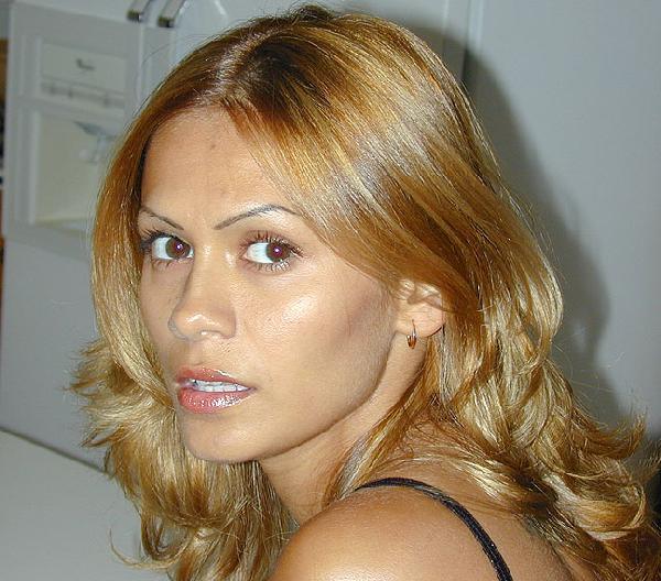 ronni tuscadero cum on her face pics