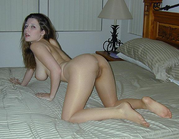 Man cumming inside woman